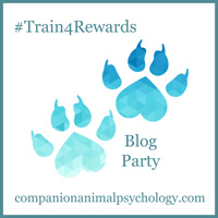train4rewards_pawprint_button_small