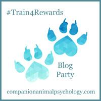 train4rewards_pawprint_button_small